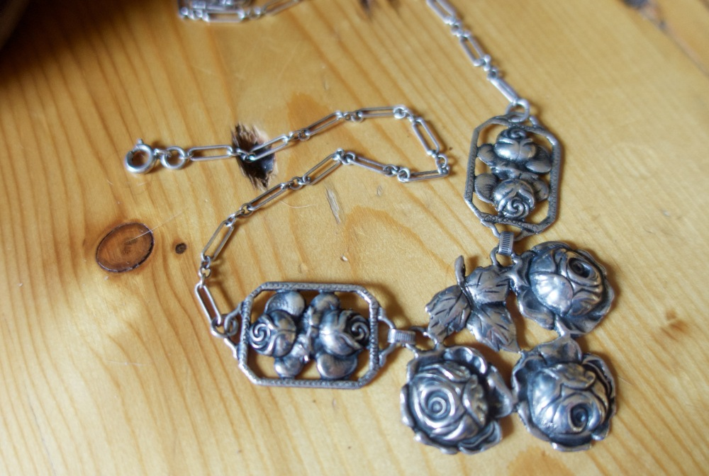 Ingather-Home-Sterling-Rose-Necklace